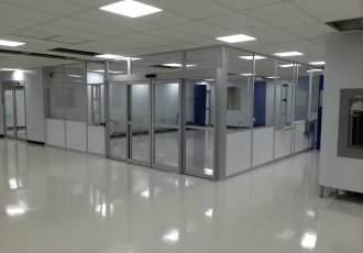 Integrated cleanroom with Double sliding doors